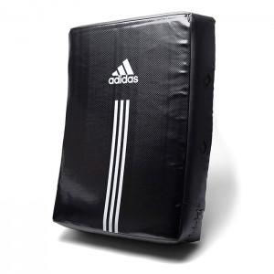 147B Adidas STRIKING PAD (24X20X5.5)