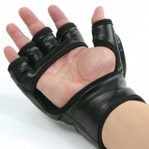 673D MMA Vinyl Glove